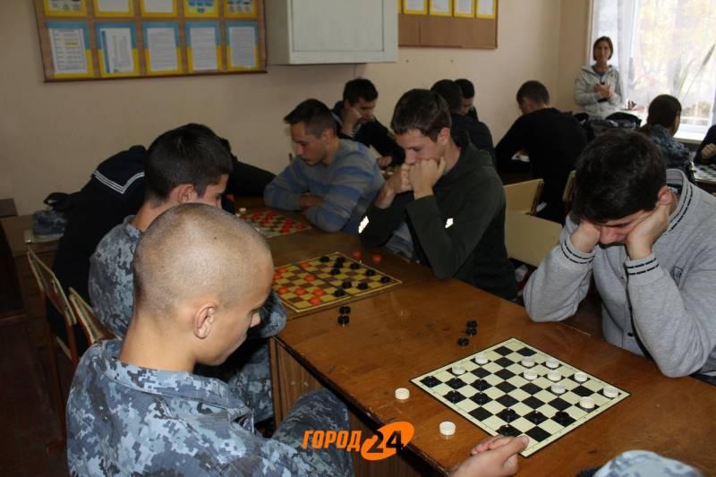 Чемпионат города по шахматам: в Измаиле определились лучшие шашисты (ФОТО)