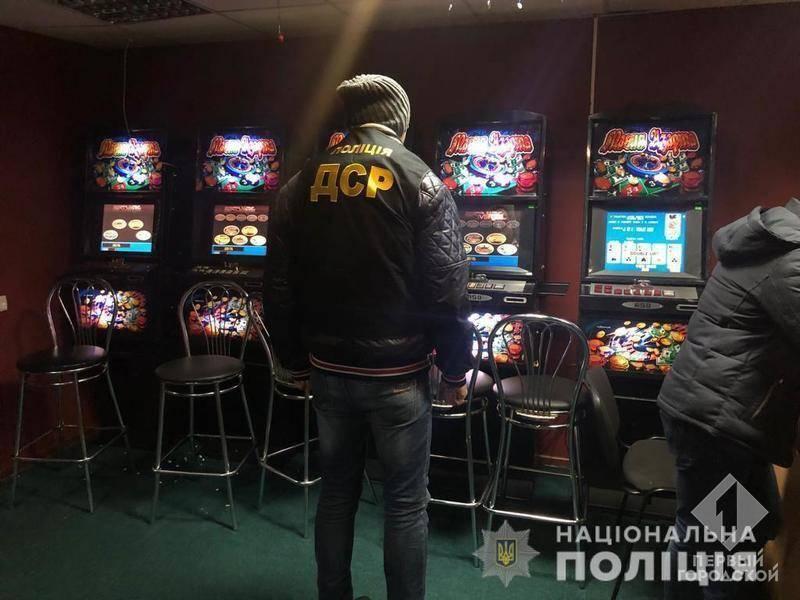 За две недели полиция Одесской области закрыла более ста игорных заведений