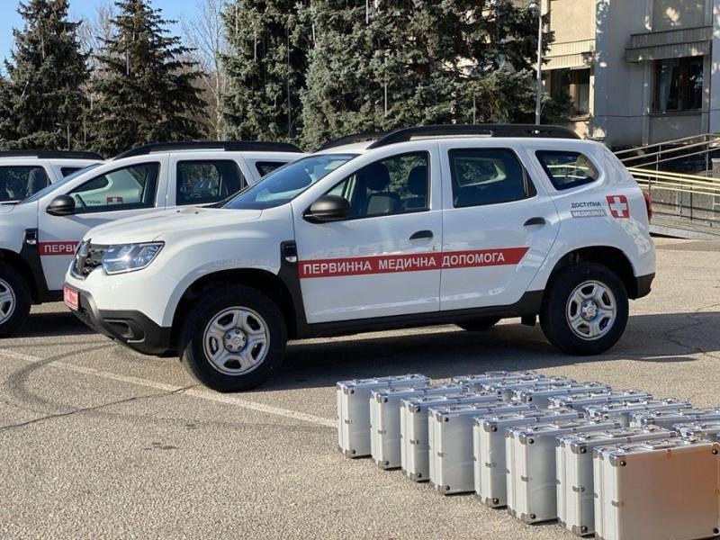 Медикам Измаильского района передали два автомобиля скорой помощи