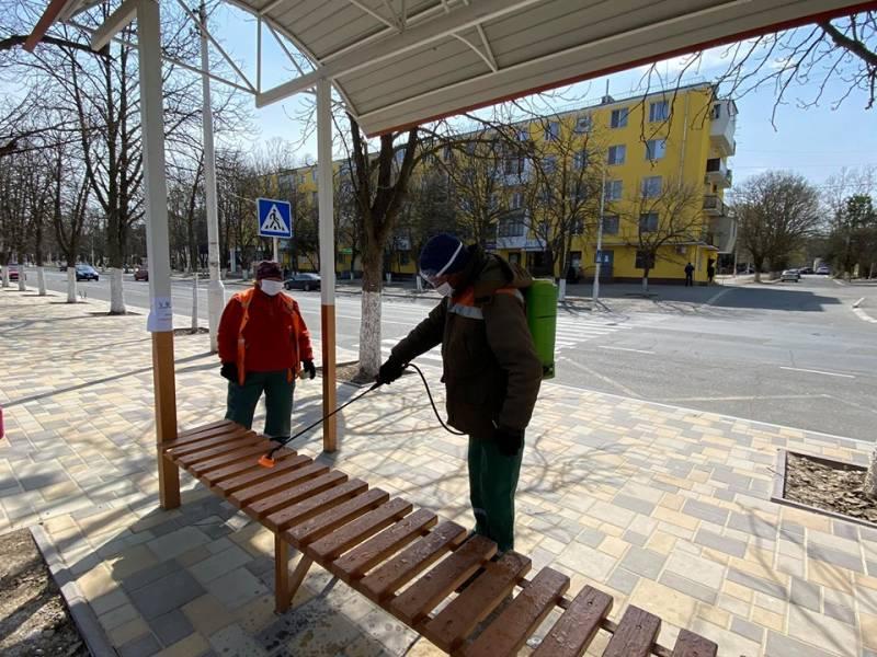 В Измаиле обеззараживают места скопления людей (ФОТО)
