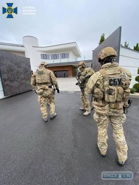 СБУ обнаружила крупный конвертационный центр на юге Одесской области, обслуживающий контрабандистов