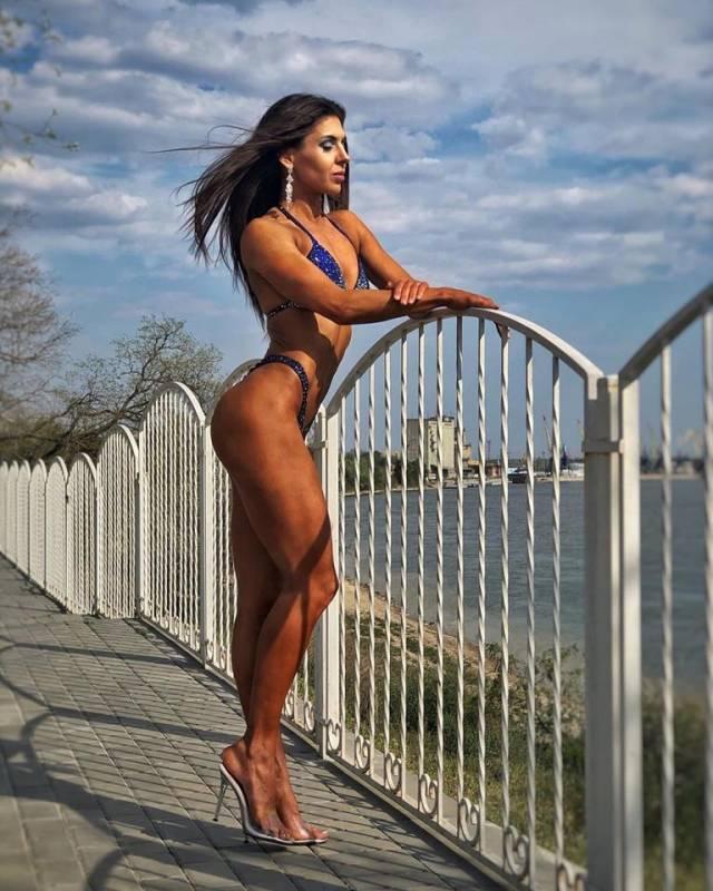 Измаильчанка Алеся Дух завоевала серебро на чемпионате Европы по бодибилдингу - Город 24