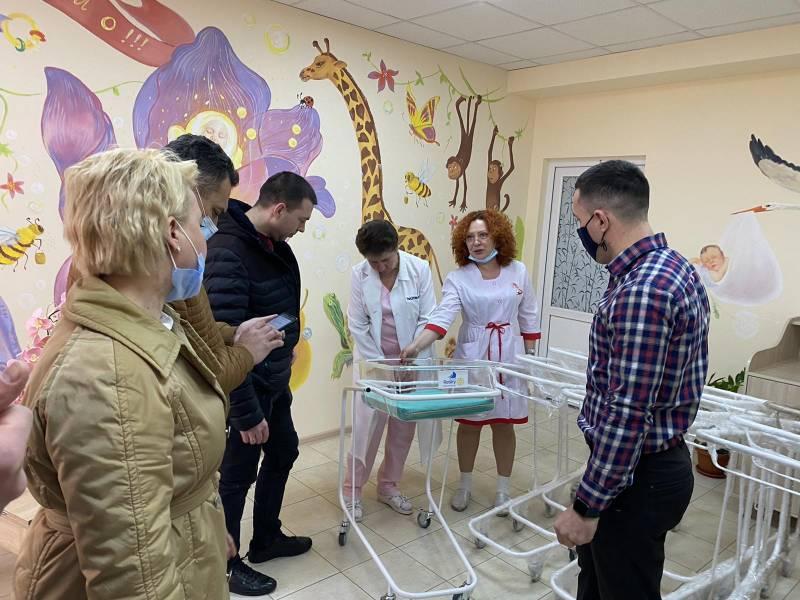 """Ротари-клуб """"Измаил"""" подарил перинатальному центру медицинские кроватки для новорожденных (ФОТО) - Город 24"""