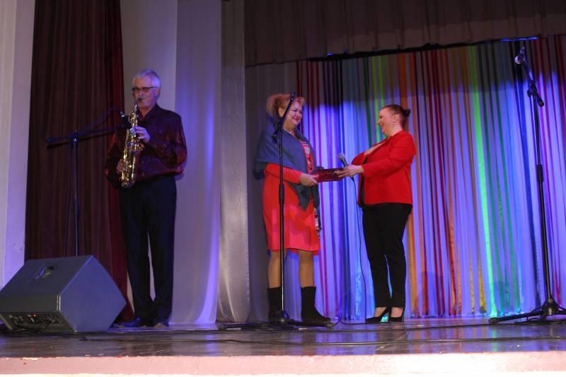 В Измаиле большим концертом поздравили милых женщин - Город 24 (ФОТО)