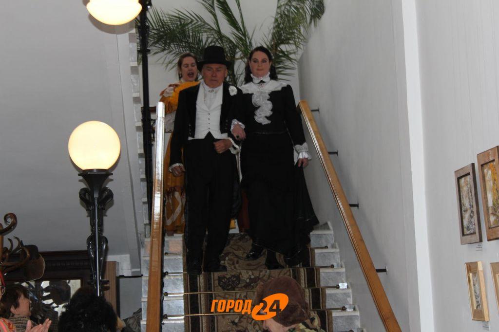 Талантливый художник, реставратор, актер: в Измаиле открылась первая персональная выставка Вячеслава Гуменного (ФОТО)