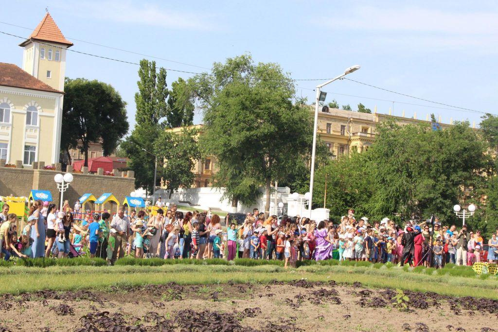В Измаиле прошло шар-шоу мыльных пузырей (ФОТО, ВИДЕО)