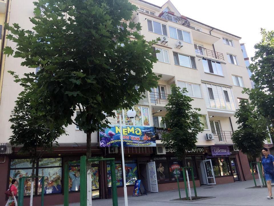 Многострадальные новостройки на ул. Бессарабской в Измаиле: то крышу в январе снесет, теперь - электричество в жару на четыре дня отключили!