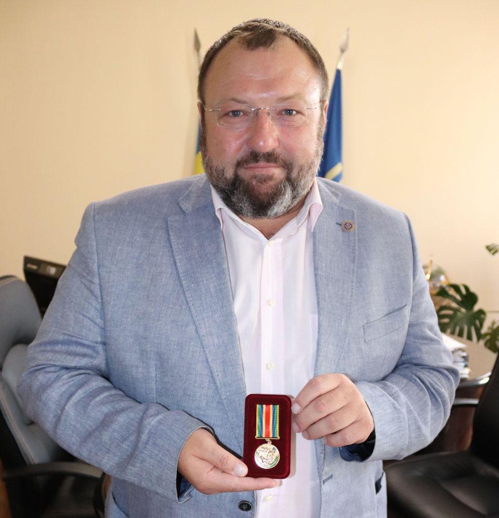 Пограничники наградили руководство Измаильского морского торгового порта