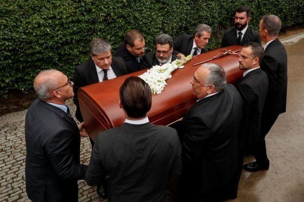 В Барселоне прошла церемония прощания с легендарной оперной певицей Монсеррат Кабалье