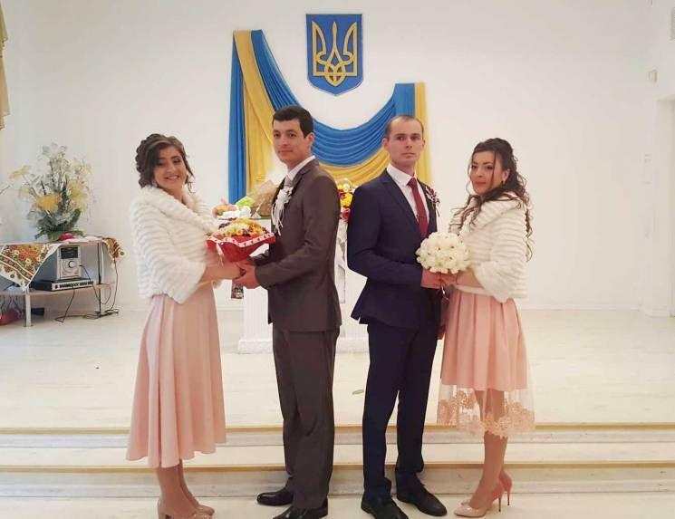 В Измаиле сыграли двойную свадьбу (ФОТО)