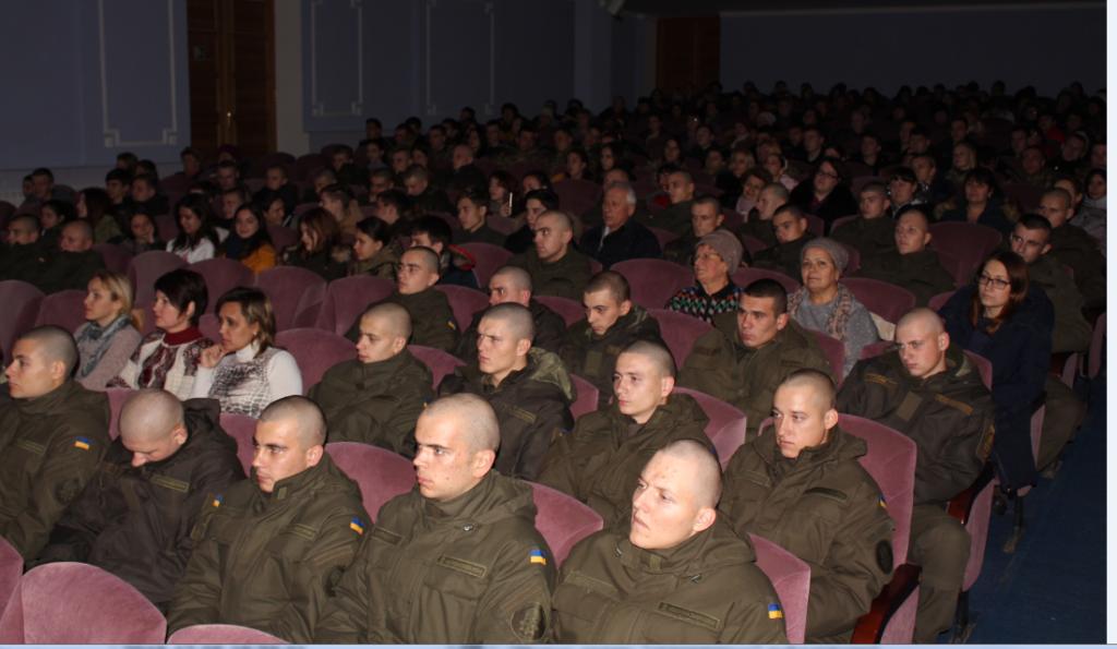 В Измаильском Дворце культуры поздравляли военных (ФОТО)