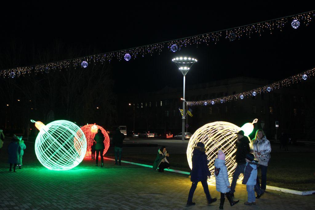 Чудо-шары на новогодней площади