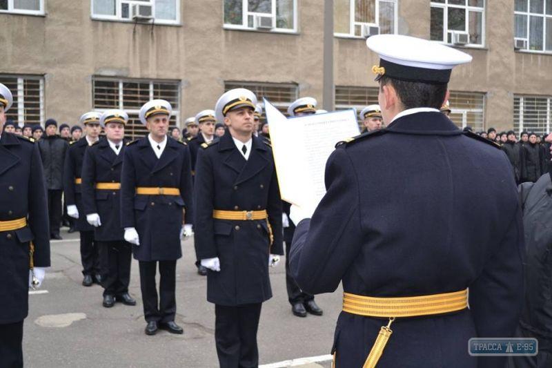 Два одесских моряка, находящихся в российском плену, заочно стали лейтенантами