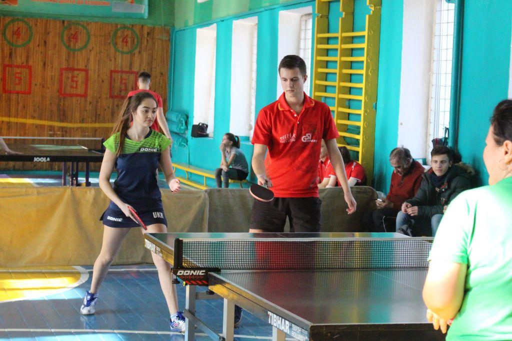 В Измаиле прошёл чемпионат города по настольному теннису среди смешанных пар (ФОТО)