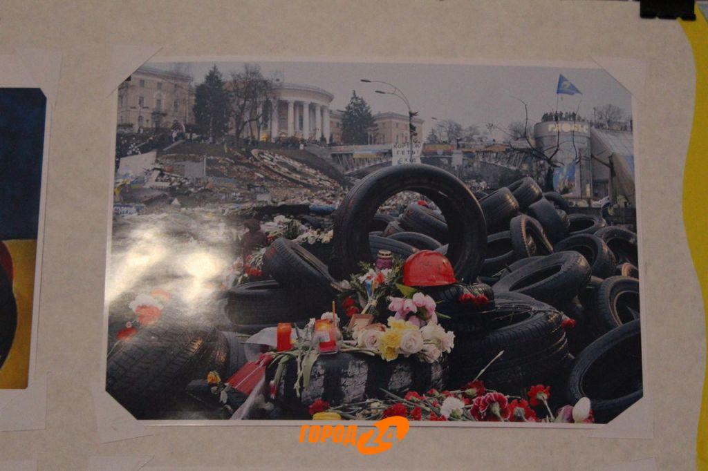Измаильчане почтили память героев Небесной Сотни (ФОТО)