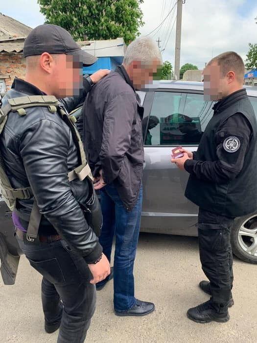 В Одесской области майор полиции требовала взятку: появились подробности. Фото