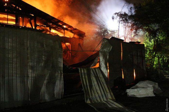 В результате второго за полгода пожара в Одесской психлечебнице погибли шесть человек
