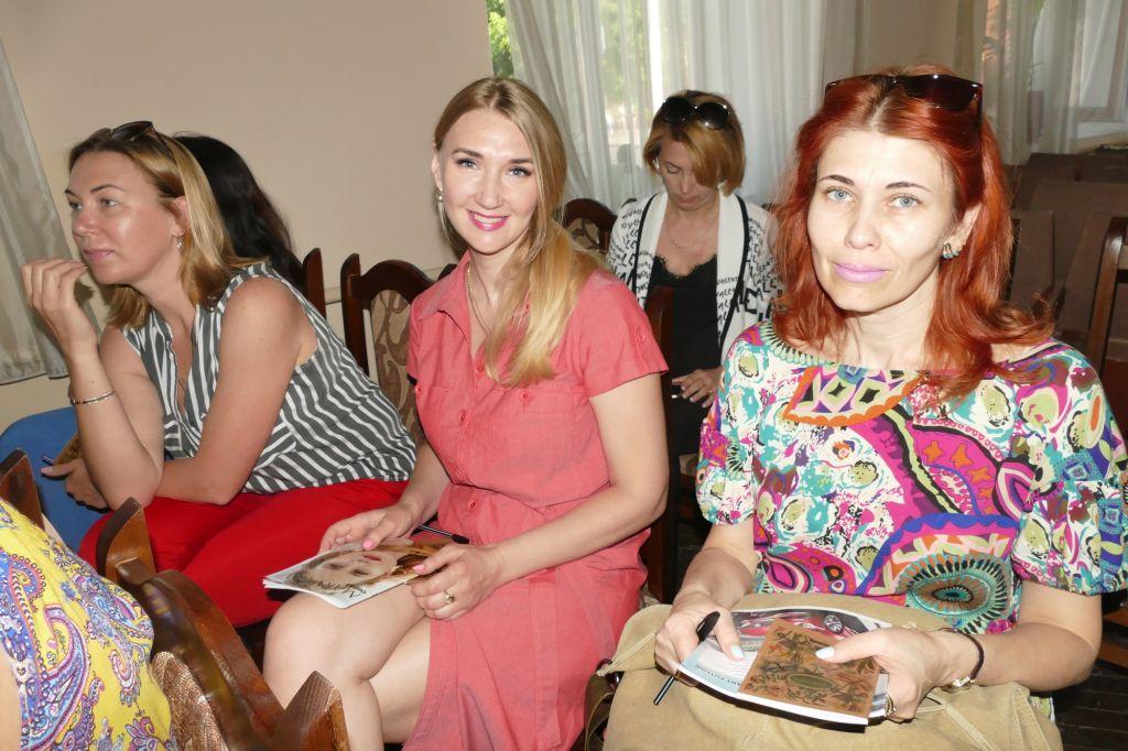 «Звук и тело как система координат»: известная украинская певица провела в Измаиле семинар по духовным практикам и самопознанию