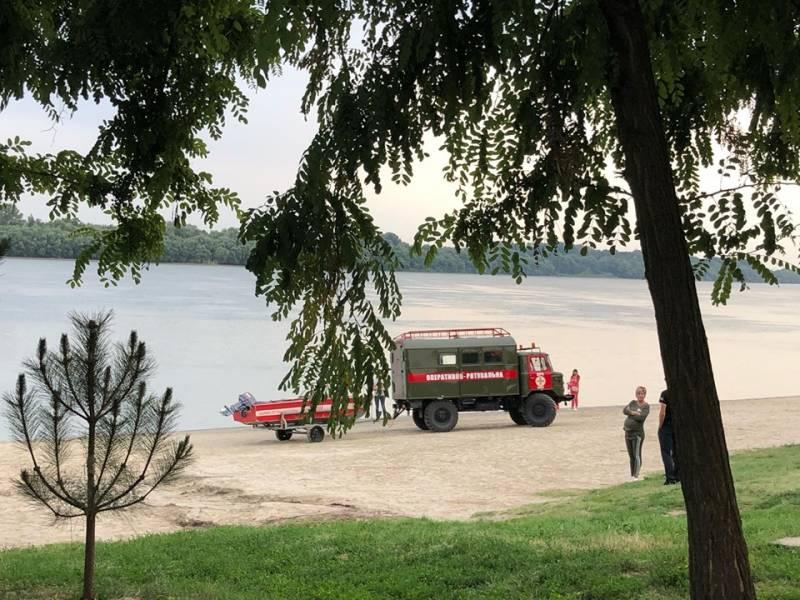 В Измаиле продолжаются поиски тела утонувшего 17-летнего парня. К поискам привлечены водолазы (ФОТО)
