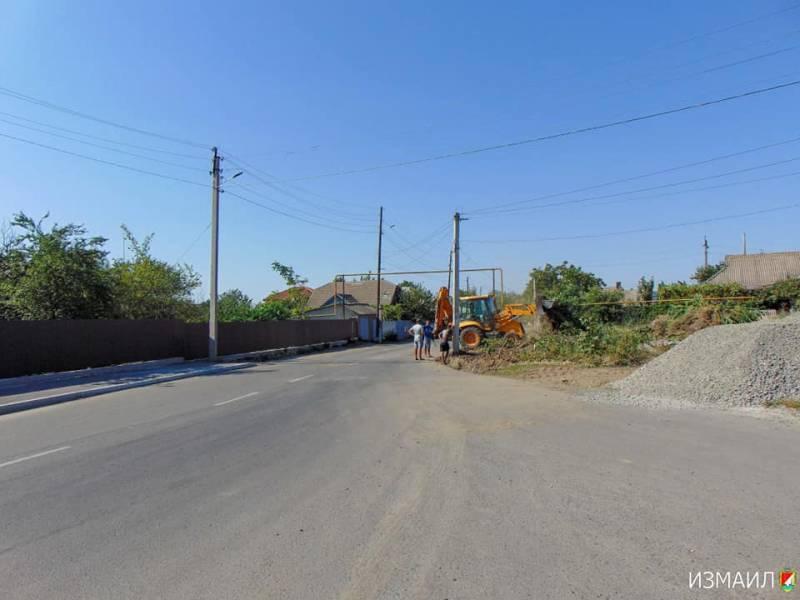 В Измаиле ведутся работы  по обустройству по ул. Украинской (ФОТО)