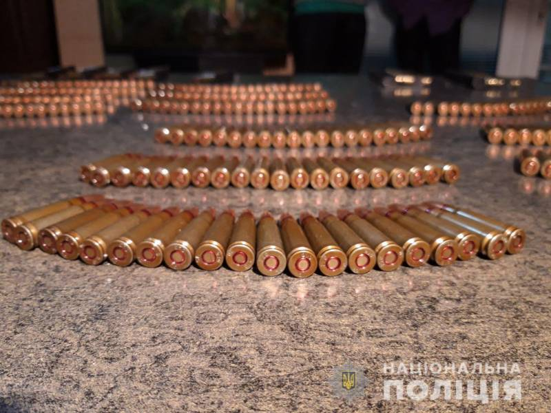 У измаильчанина дома правоохранители обнаружили арсенал оружия (ФОТО, ВИДЕО)